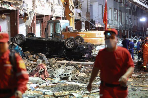 Hậu quả vụ nổ xe bồn chở khí hóa lỏng tại Ôn Lĩnh, Trung Quốc - Sputnik Việt Nam