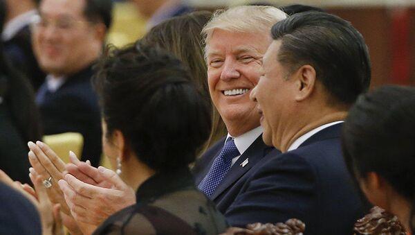 Tập Cận Bình và Donald Trump - Sputnik Việt Nam