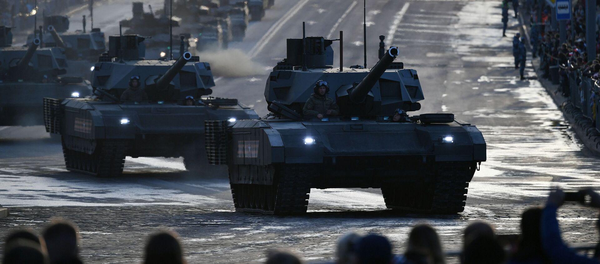 Tank T-14 Armata  đang đi ngang qua phố Krasnaya Presnya - Sputnik Việt Nam, 1920, 25.04.2021