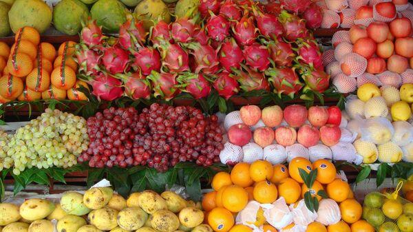Một quầy bán trái cây Việt Nam - Sputnik Việt Nam