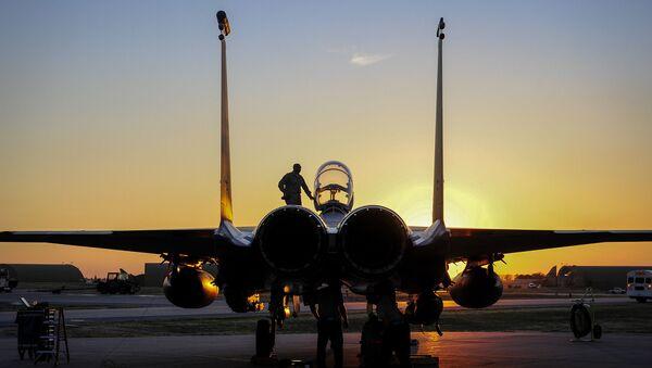 Máy bay F-15E Strike Eagle Không quân Mỹ tại căn cứ Indjirlik, Thổ Nhĩ Kỳ - Sputnik Việt Nam