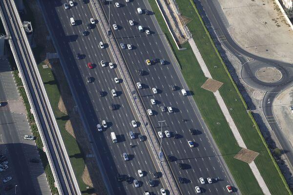 Xa lộ Sheikh Zayed ở Dubai - Sputnik Việt Nam