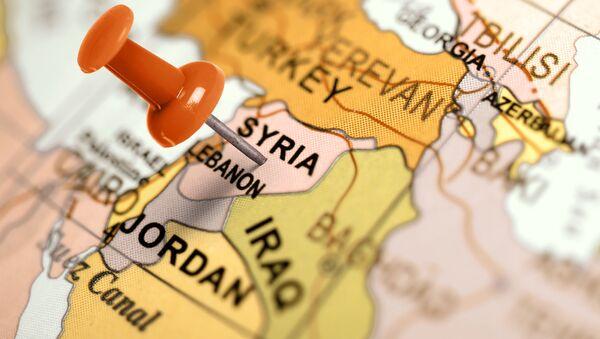 Bản đồ của Trung Đông: Syria được đánh dấu bằng ghim giấy - Sputnik Việt Nam