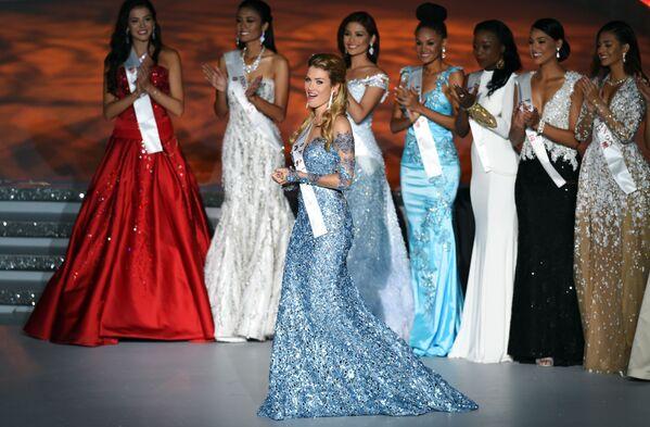 Hoa hậu cô gái Tây Ban Nha Mireia Lalaguna Royo tại cuộc thi Miss World - Sputnik Việt Nam