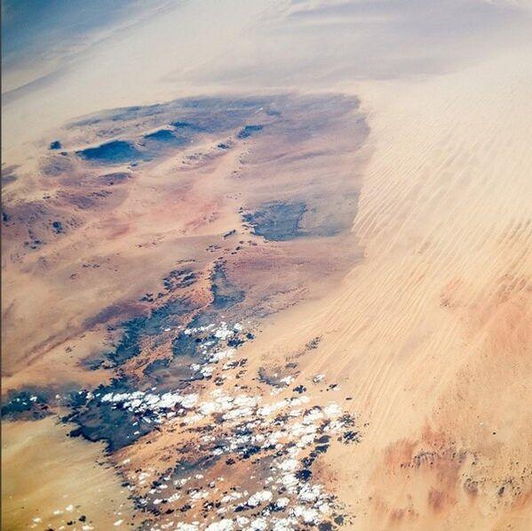 Họa tiết trên sa mạc Sahara - Sputnik Việt Nam