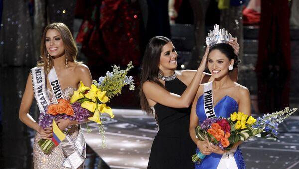 Miss Colombia Ariadna Gutierrez và Miss Philippines Pia Alonzo Wurtzbach - Sputnik Việt Nam